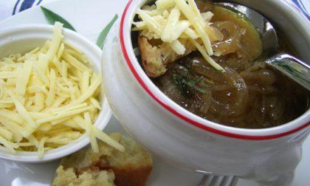 Bradley Smoky Onion Soup with Sage, Crispy Croutons & Strong Cheddar
